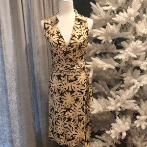 Diane vonFurstenberg Silk Wrap Dress size 6. NWOT